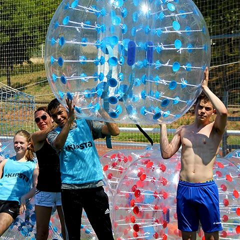 Bubble Football Barcelona - Fútbol Burbuja - Divertíos